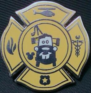 Disney-Pin-99912-DLR-2014-Hidden-Mickey-Tow-Mater-039-s-Junkyard-Jamboree-Cars-squad