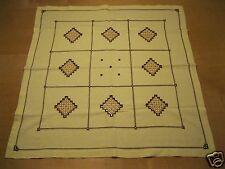 Mitteldecke Tischdecke ca. 80x83 zart gelb mit Hardanger Stickerei Handarbeit 29