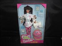1996 Pet Doctor Brunette Barbie