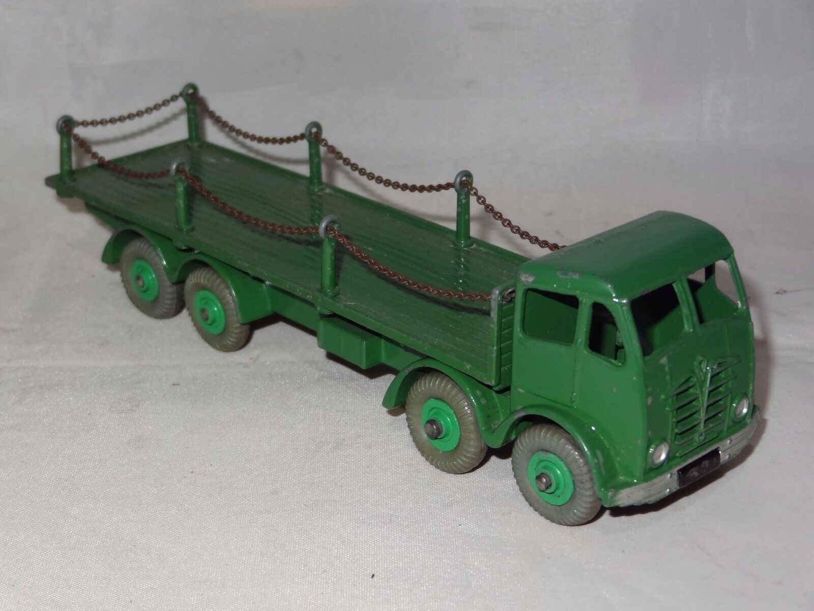 Dinky FODEN FLAT TRUCK WITH CHAINS