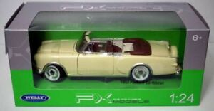 Packard-Caribbean-Top-down-1953-Beige-Classic-Metal-Model-Car-Welly-1-24