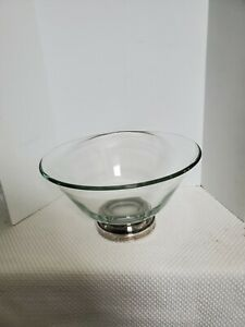 Vintage elegant  Sterling Silver plated Base With weighted glass bowl.