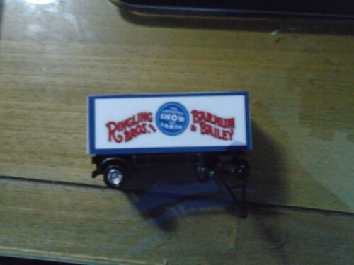 Classic HO Scale Ringling Brothers Circus wagon Blue Unit
