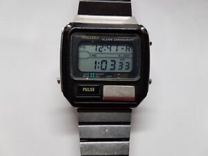 vintage pulse chrono alarm seiko lcd s229 5019 watch runs for you to