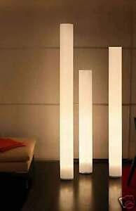 Chameledeon-XL-Stehleuchte-Designerleuchte-Lichtsaeule-neu-LED