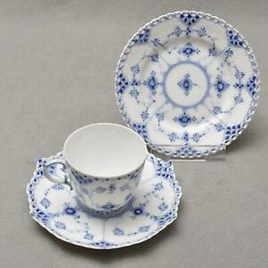 Royal-Copenhagen-Fluted-Full-Lace-3tlg-Coffee-Porcelain-1-Wahl-Cup-Plate