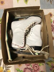 Vintage-Ice-Skates-Size-9-Women-039-s-Girl-039-s-Sheffield-Steel-Made-in-Canada