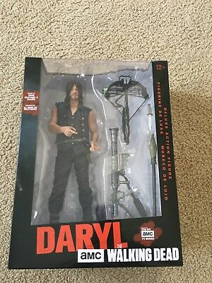 THE WALKING DEAD Daryl Dixon Archer Figure NEW