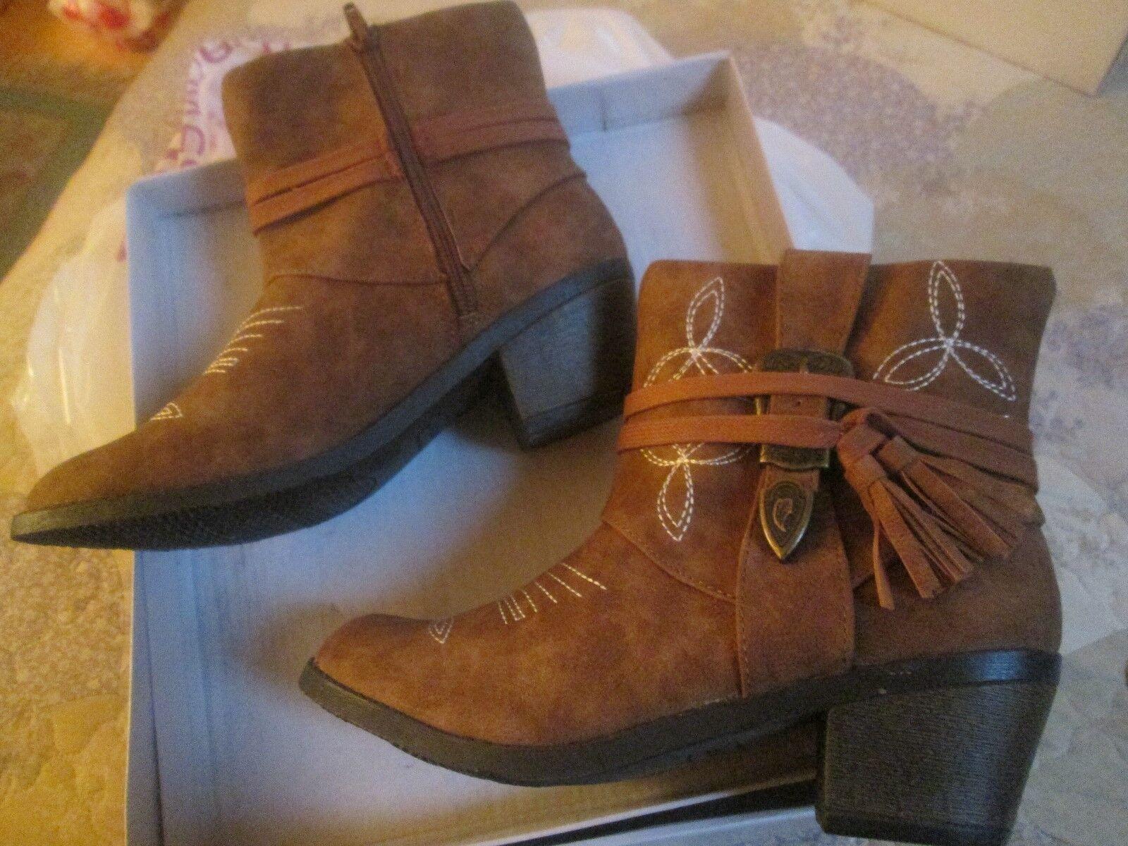 NEW () Steve Madden Cognac Textile Leather w/TASSELS Zip Up Ankle Boots Sz 5