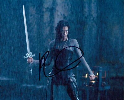 Signed Authentic 8x10 Photo Coa Strengthening Sinews And Bones Inventive Rhona Mitra underworld