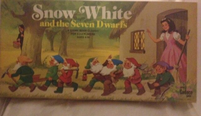 Snow White And The Seven Dwarfs Vintage 1977 Board Game Cadaco Game