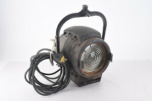 Bardwell-amp-McAlister-6-Inch-Tungsten-Studio-Stage-Keg-Light-1950-039-s-Hollywood-V98