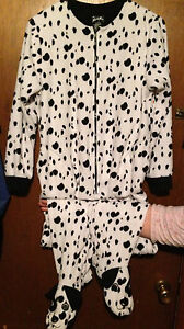 567f1bc35 NICK   NORA DALMATION DOGS FOOTED PAJAMAS SIZE M MEDIUM WOMENS ...