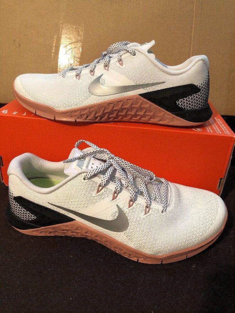 Nike metcon 4 la formazione femminile bianco argento metallico 924593-100 numero 11