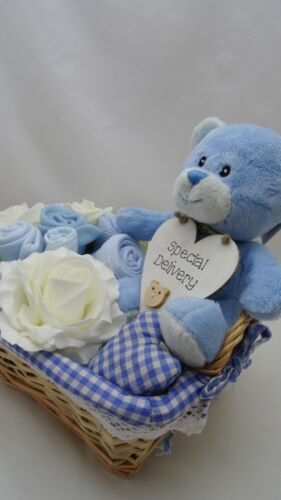 BABY BOY CLOTHES BOUQUET HAMPER GIFT BASKET BABY SHOWER MATERNITY NAPPY 0-3m