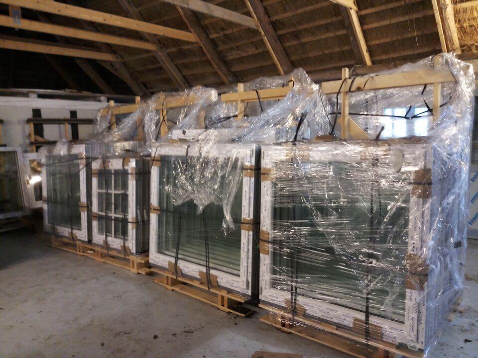 Nye plast vinduer og døre
