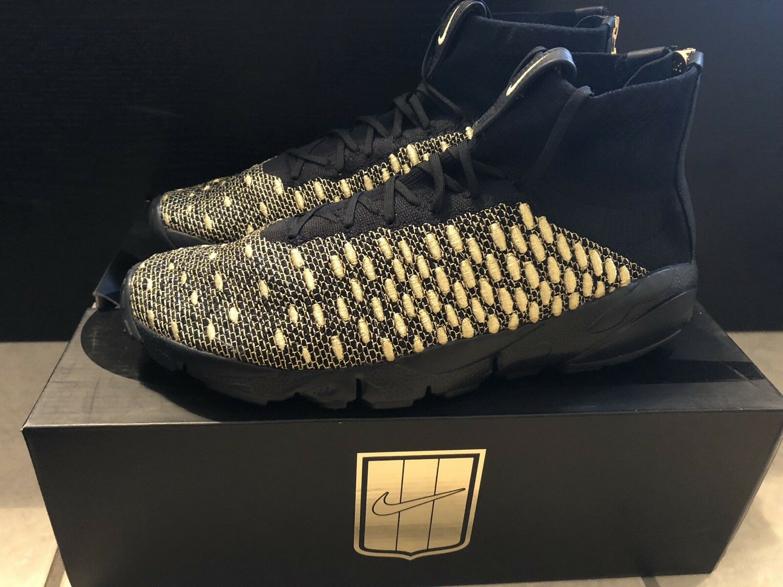 Nike Air Footscape Magista QS Lion OR Size Men's 10 [834905-007] Balmain