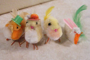 3 VINTAGE Chenille Spun Cotton POM POM Wire Feet EASTER Parade Chicks+1 BUNNY