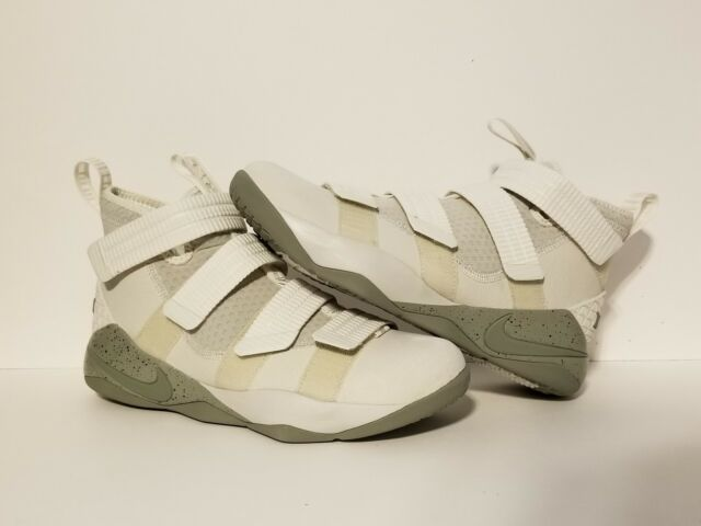 f8af45210f35b Nike Lebron Soldier XI SFG Mens 897646-005 Bone Stucco Basketball Shoes  Size 11
