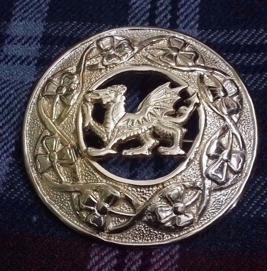 Scottish Kilt Fly Plaid Brooch Welsh Dragon Golden Finish Celtic Pins & Brooches