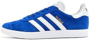 huge selection of cc530 41e79 A imagem está carregando Adidas-Originals-Gazelle-Camurca-Formadores -Em-Collegiate-Azul-