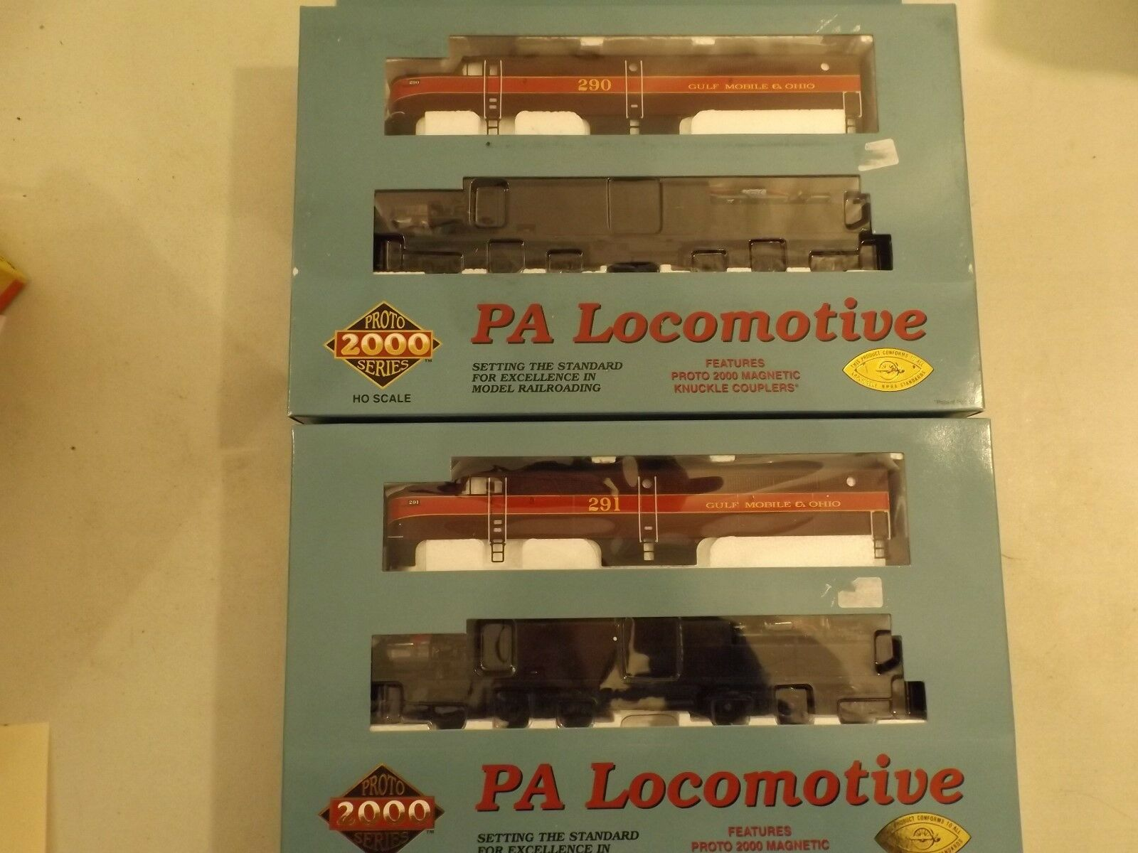 (2) HO Prossoo 2000 GM&O PA diesel engines, new in boxes