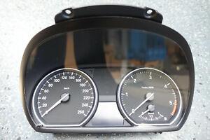 Original-BMW-E81-E87-E82-E88-120d-Tacho-Kombiinstrument-9187332-KM-H-90-222km