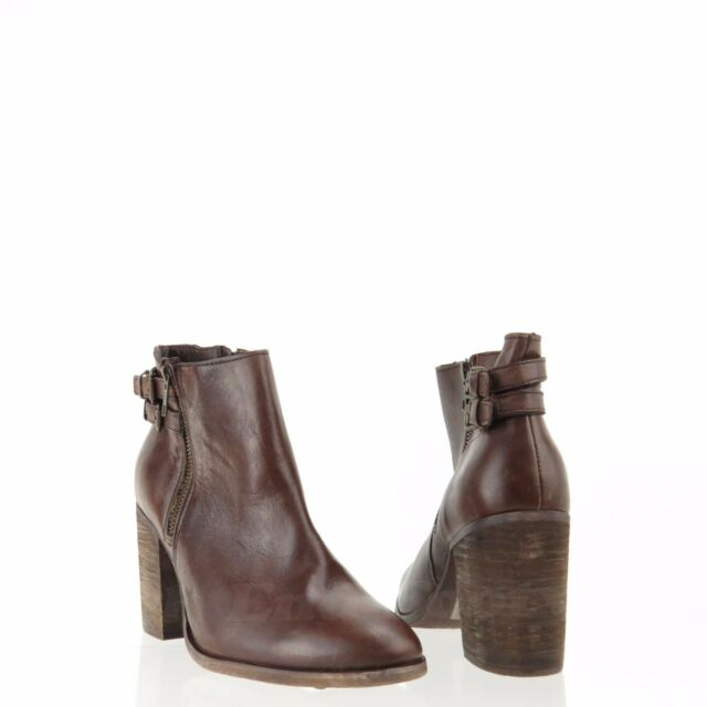 a31587597fef Melrose and Market Fallon Women s Shoes Brown Leather Ankle Boots Size 9 M  ...
