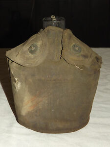 VINTAGE-WWII-1943-US-ARMY-S-M-CO-CANTEEN-amp-COVER