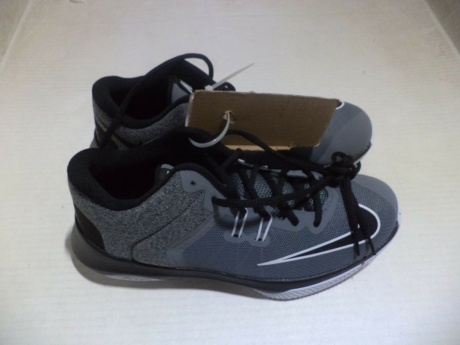 NIKE Men's Air Versitile II Basketball Shoe Comfortable Cheap and beautiful fashion