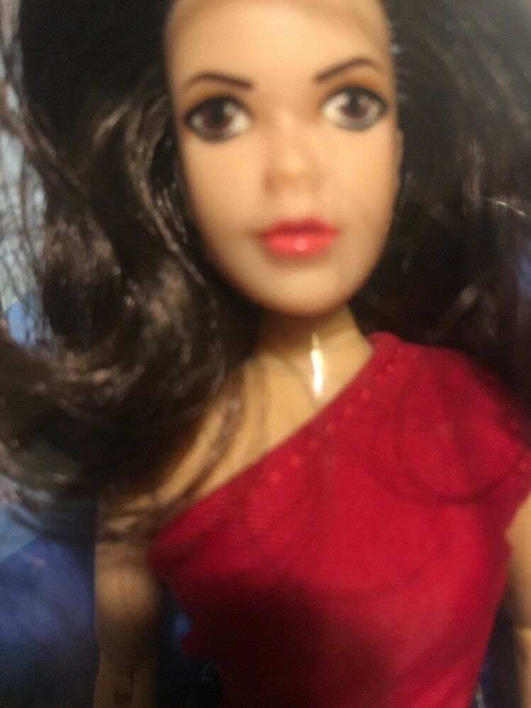CHARMED PIPER HALLIWELL 8    MEGO  Wild Hair Variant TARGET EXCLUSIVE FIGURE Rare 56d827