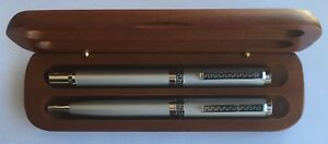 Designed Silver Metal Ball and Roller Pen in Wood Box