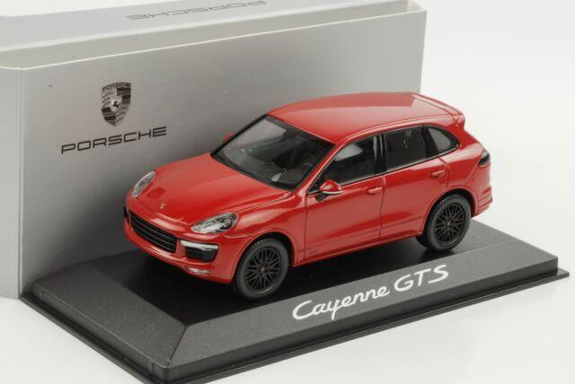 Porsche Cayenne GTS karmin rot red 2014 1:43 Minichamps WAP Dealer