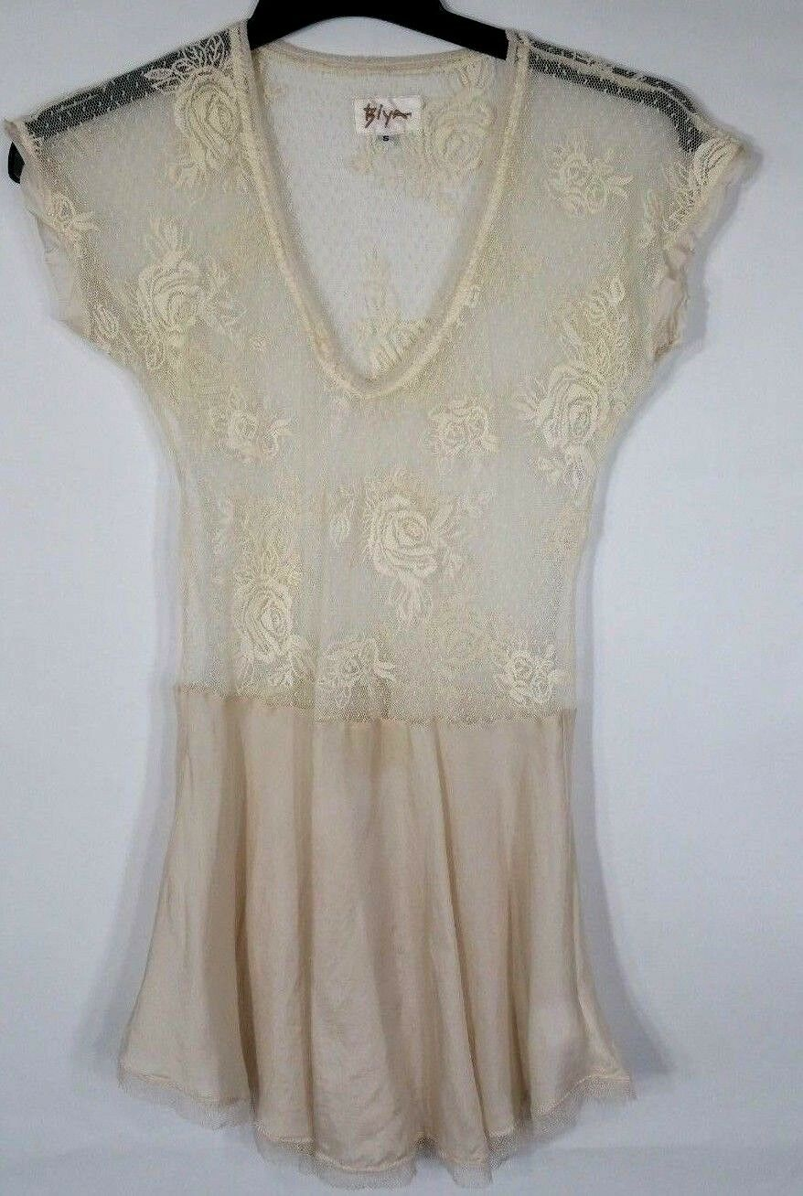 Biya Lingerie Dress Ivory Stretch Lace Size Small Low waist Short pink Embroided
