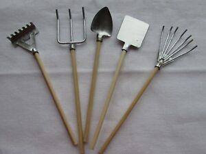 Pack-of-5-Miniature-Garden-Tools-Fairy-Gardens-Dolls-Houses-Embellishments