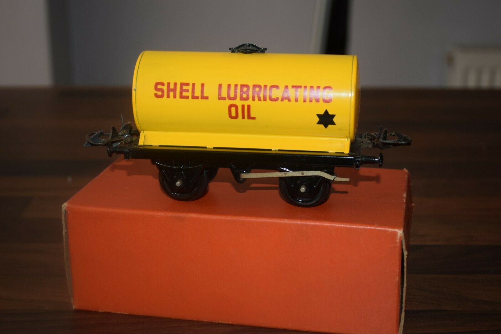 HORNBY i treni O GAUGE No 50 gituttio TANK WAGON SHELL LUBRICATING OIL nmint