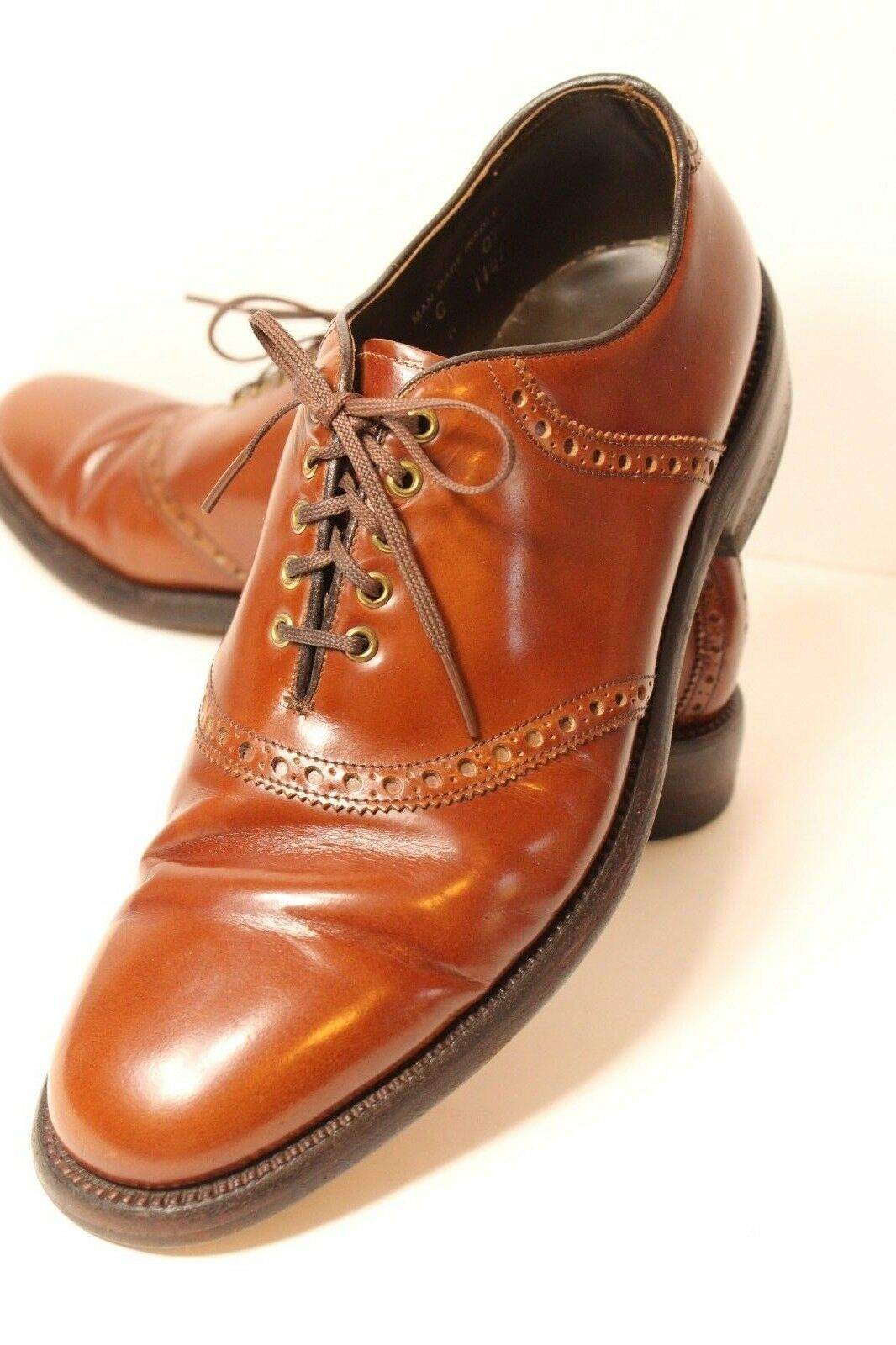 Nettleton Nettleton Nettleton Mens Sz 9 Walnut braun Leather with Brogue Lace-up Oxford Dress schuhe 69271b