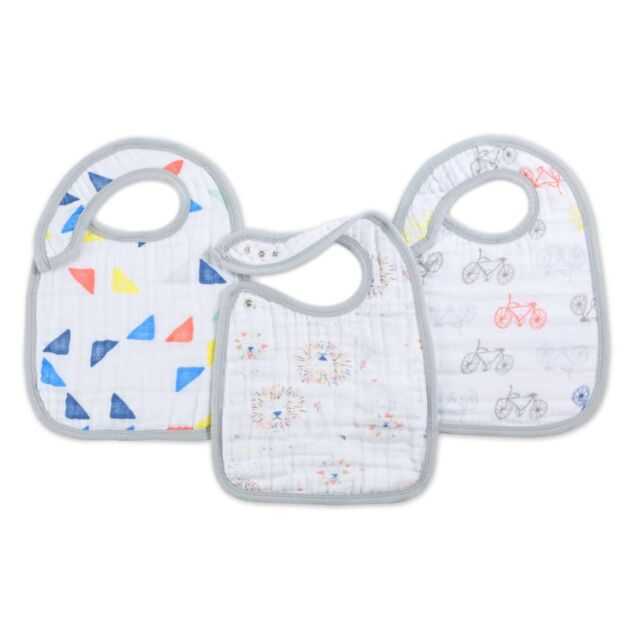 aden and anais baby muslin adjustable snap bibs 3-pack: leader of the pack