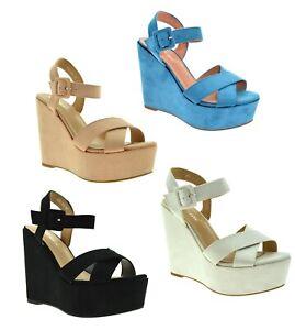 scarpe-donna-con-la-zeppa-sandali-estivi-spuntati-tacco-alto-in-camoscio-fibbia