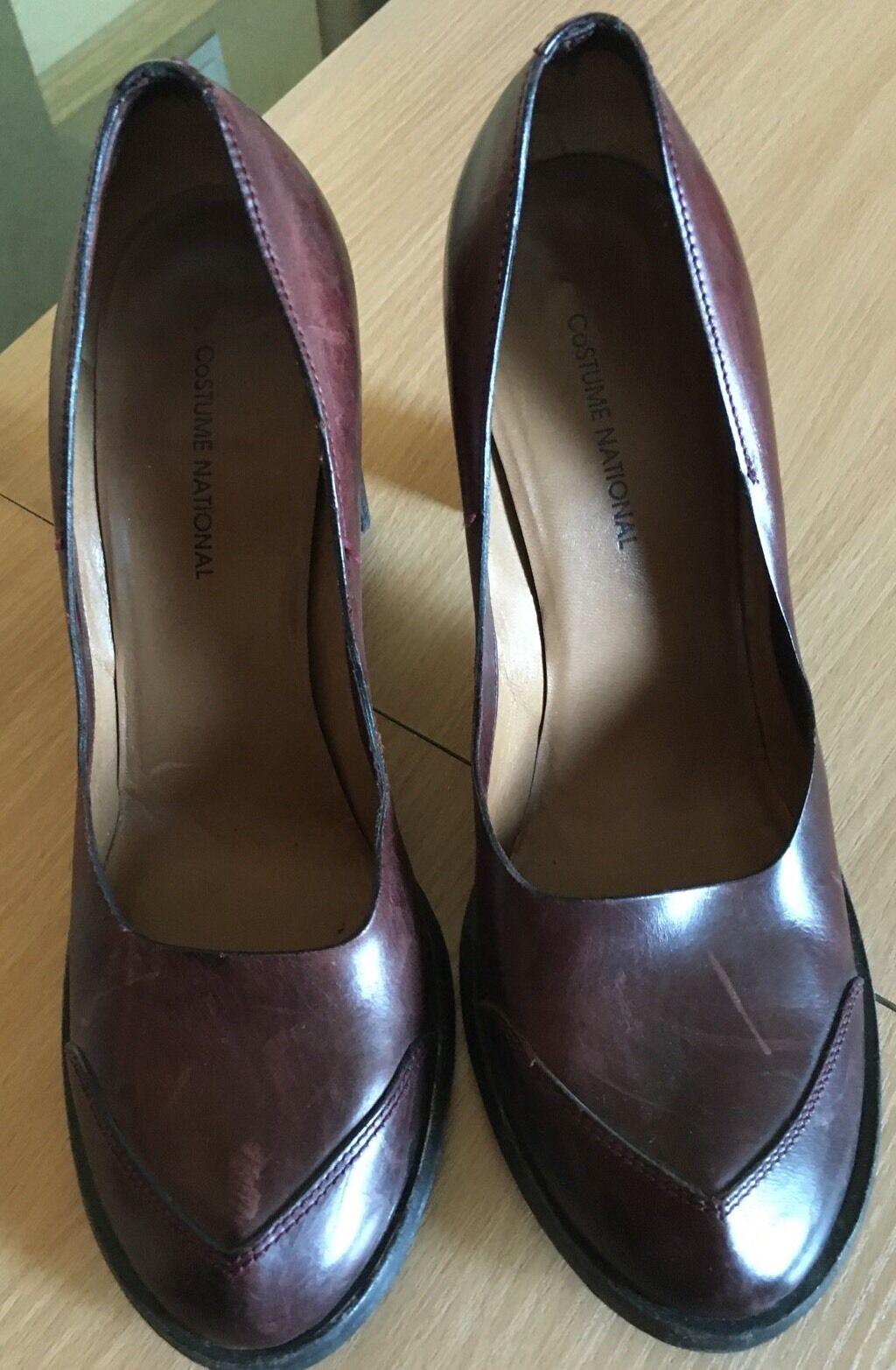 Costume National Pumps Burgundy Distressed Pelle Heel Shoes Sz 38.5 US 8.5