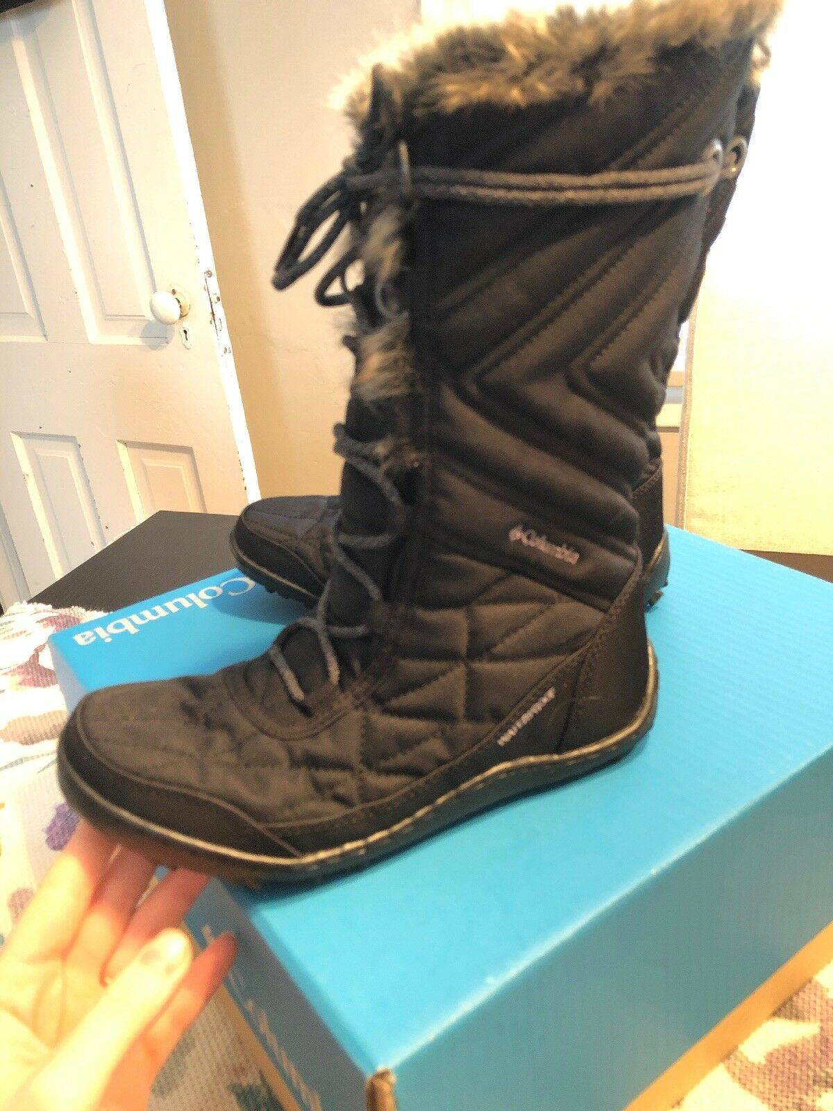 Brand New With Box- Columbia Women's Minx Mid Mid Mid III Winter Boots a08bcb