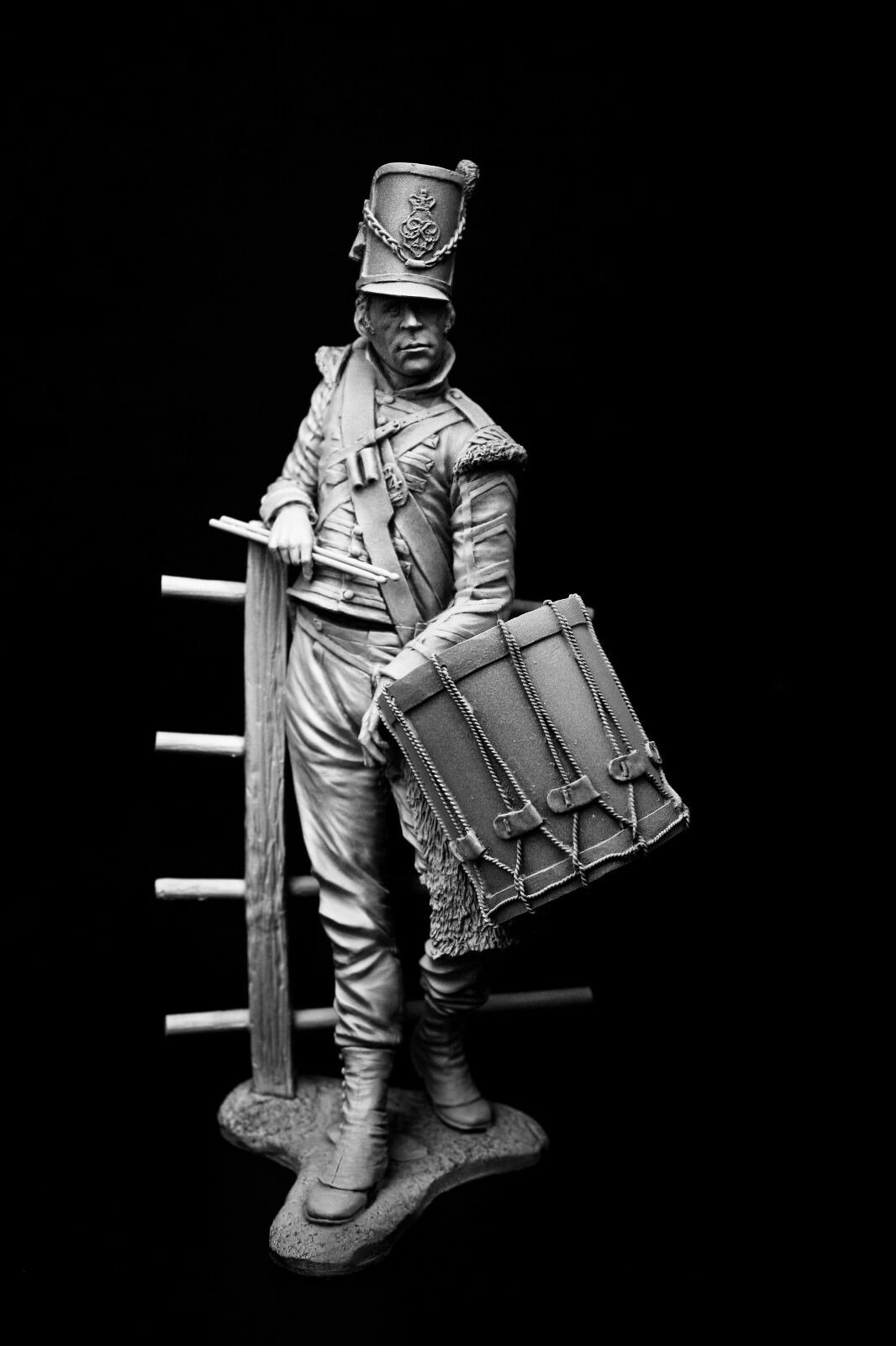 200mm 1 9 Drummer of the 44th Essex, Waterloo, 1815, sculpted by Carl Reid