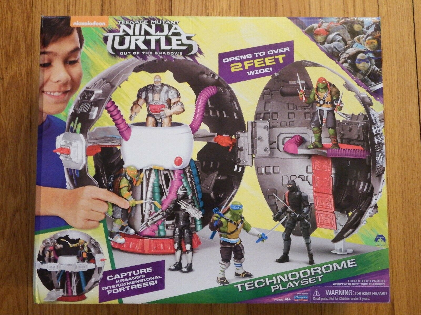 Teenage Mutant Ninja Turtles TECHNODROME PLAYSET - Ages 4 & up