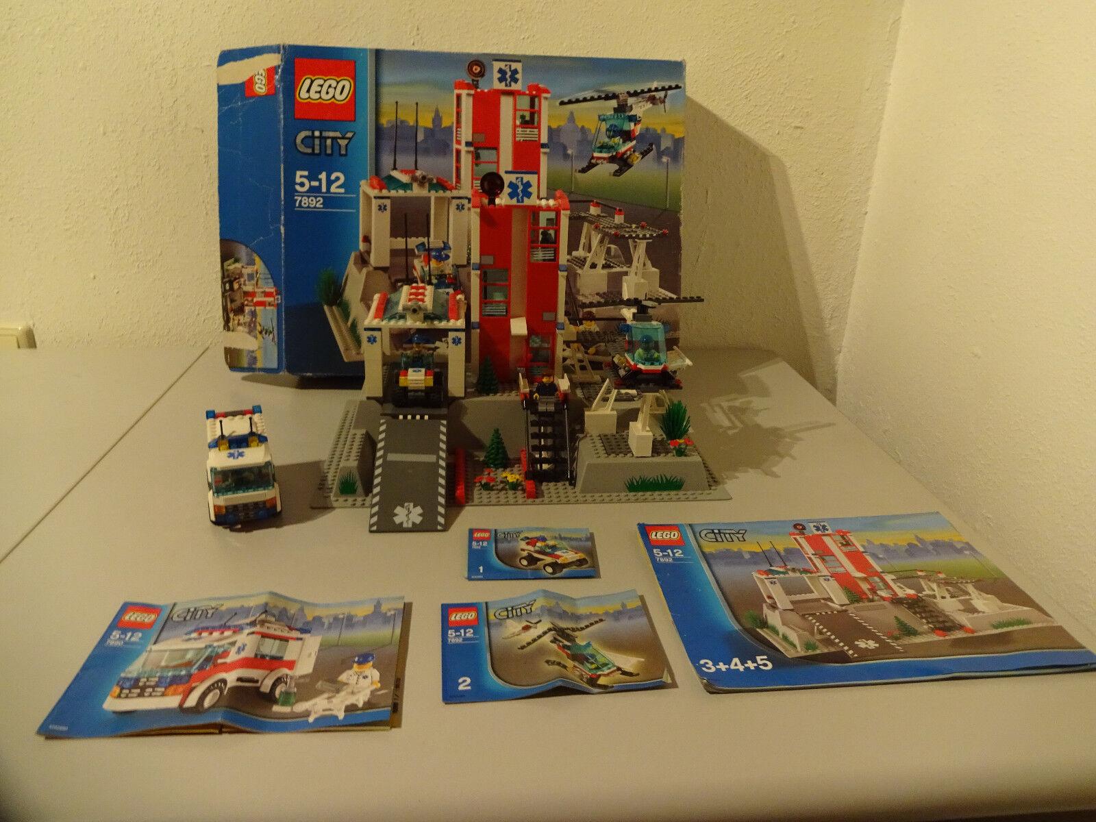(go) LEGO City 7892 Hospital with Original Box & BA 100% Complete + 7890 with Ba