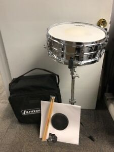 ludwig snare drum kit new w backpack case stand practice pad key and sticks ebay. Black Bedroom Furniture Sets. Home Design Ideas