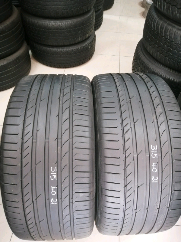 2 Fairly used tyres 315/40R21 continental tyres