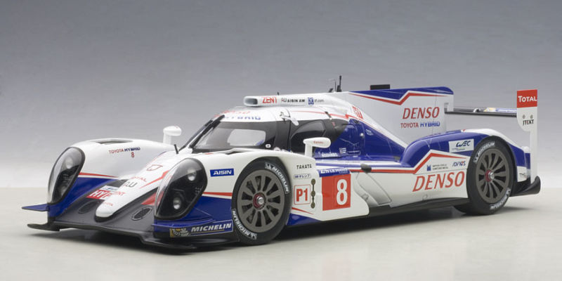 81416 AUTOart 1 18 TOYOTA TS040 HYBRID Le Mans 24H Race 2014  8