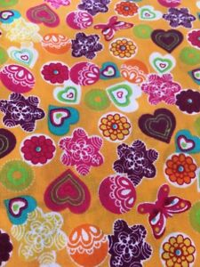 FQ-Orange-Red-Multi-Hearts-Flowers-Fabric-Poly-cotton-Remnant-22-X-18