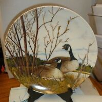 """Wings Upon the Wind Collection """"NESTING"""" PLATE - Canadian GEESE Wildlife"""
