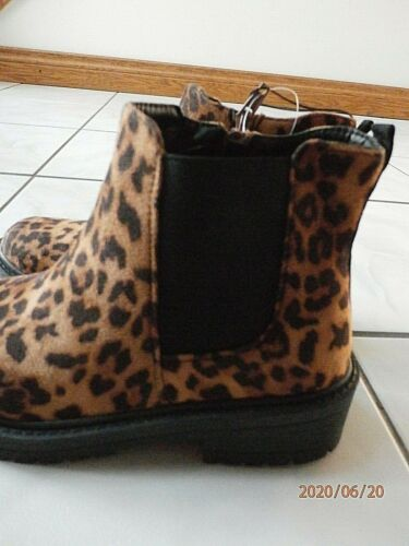 Details about  /NEW Steve Madden Chunky Sole Leopard Boot size 8 side zip